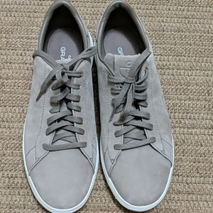 Cole Haan Grandpro Tennis Sneaker 9.5 Like new
